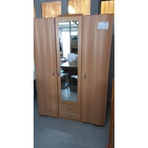 3 ajtós 2 fiókos bükk gardrób
