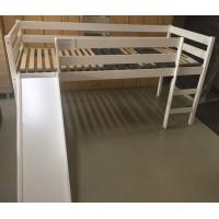 Új festett fenyőfa galériaágy, ágyráccsal, matrac nélkül