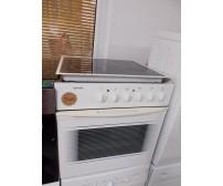 Gorenje elektromos sütő főzőlappal