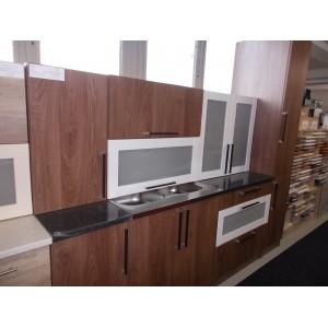Új Neszta konyha
