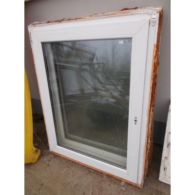 Bontott műanyag bukó-nyíló ablakok(95x121)
