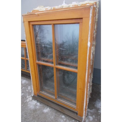 Szép állapotú bontott fa ablak(80x116)