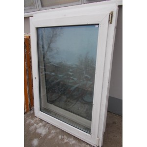 Műanyag bontott bukó-nyíló ablak (110x143)
