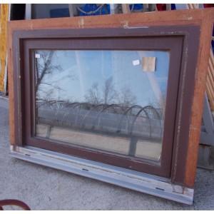 Bontott fa ablak(85x67)