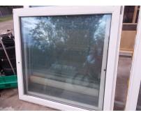 Fehér/barna műanyag ablak