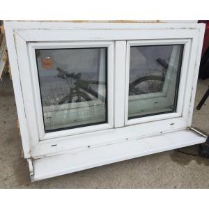 Bontott, műanyag kétszárnyú ablak(110x69)