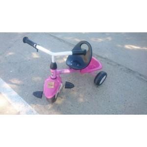 Rózsaszín Kettler tricikli