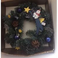 Hóemberkés karácsonyi ajtódísz