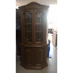Tölgyfából készült vitrines  tálalószekrény