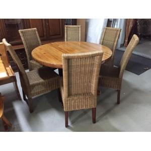 Kör alakú, bővíthető étkezőasztal 6 darab rattan székkel