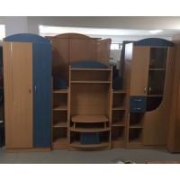 Hálószoba bútor tv-s elemel , ruhásszekrénnyel