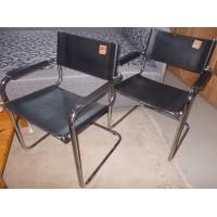 Masszív modern szánkótalpas irodai székek