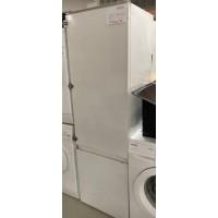 SIEMENS beépíthető kombinált hűtőszekrény.