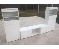 Nappali szekrénysor magasfényű fehér ajtókkal