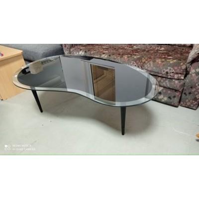 Üveglapos dohányzóasztal